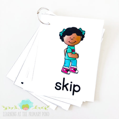 Use these verb cards in a Simon Says game for Kindergarten or first grade students! This activity helps bring grammar alive through active learning!